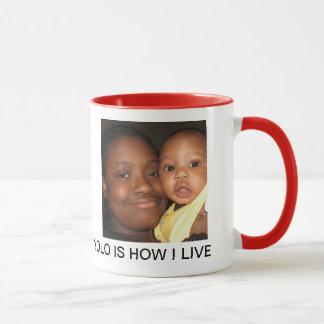 tasse d'étreinte d'enfants