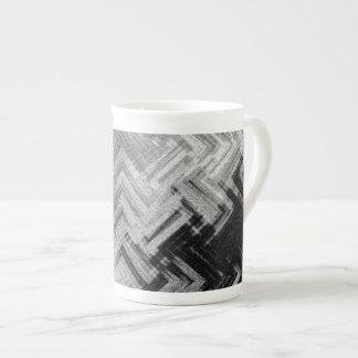 Tasse en acier balayée de porcelaine tendre par