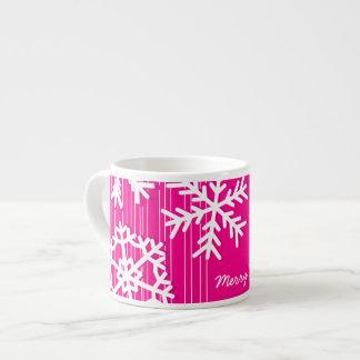 Tasse Expresso Flocons de neige modernes de Noël rose et blanc