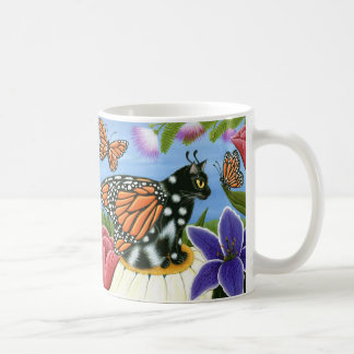 Tasse féerique d'art d'imaginaire de chat de