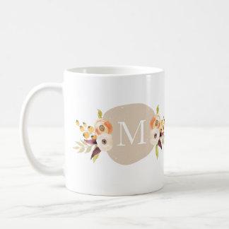 Tasse florale de cadeau de monogramme de pays