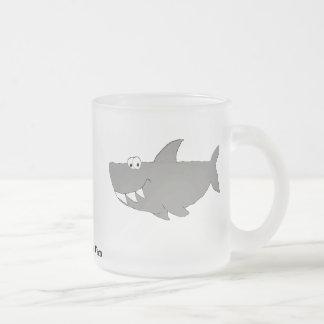 Tasse Givré Natation de requin de bande dessinée
