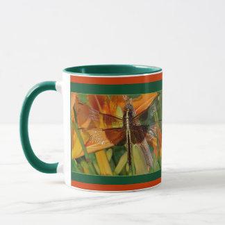 Tasse jaune de libellule