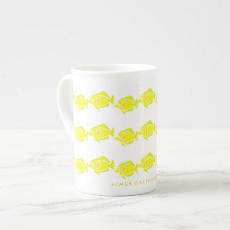 Tasse jaune de porcelaine tendre de Tang
