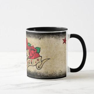 Tasse rose de tatouage je t'aime