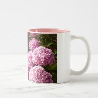 Tasse rose d'hortensia
