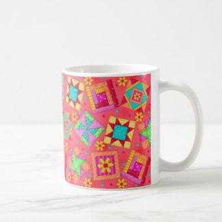 Tasse rouge de conception d'édredon de patchwork
