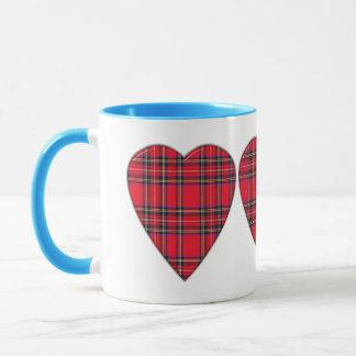 Tasse royale écossaise de coeur de tartan de