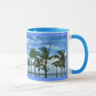Tasse tropicale d'après-midi