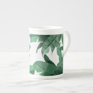 Tasse tropicale de porcelaine tendre de feuille de