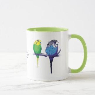 Tasse verte d'oiseau de perroquet de perruche