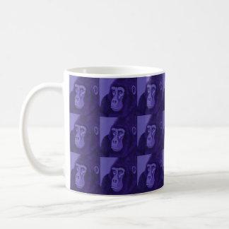 Tasse violette de gorille
