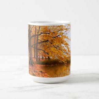 Tasses de cadeau de peinture de paysage d'automne