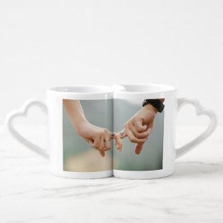 Tasses de café d'amour de couples je t'aime