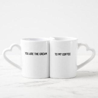 Tasses de crème et de café