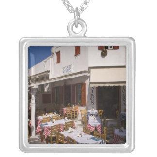 Taverna Nikos, Mykonos, îles de Cyclades, Grèce Collier