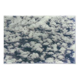 Temps bleu de nuage et blanc pelucheux abstrait impression photo