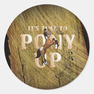 Temps de PIÈCE EN T au poney Sticker Rond