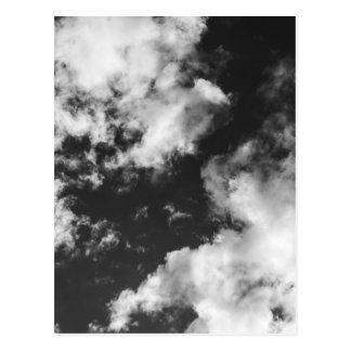 Temps nuageux noir et blanc carte postale