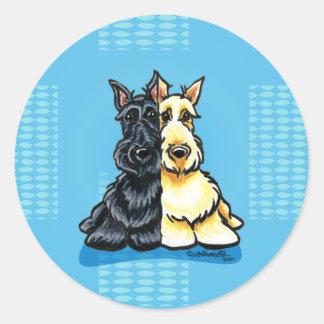 Terriers écossais deux d'une sorte sticker rond