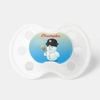 Tétine Bonhomme de neige drôle avec un pot noir sur sa