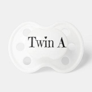 Tétine Cadeau de baby shower de jumeaux - jumelez une