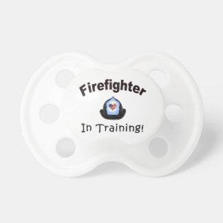 Tétine Sapeur-pompier dans la formation