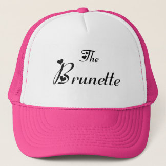 The brunette cap trucker pet