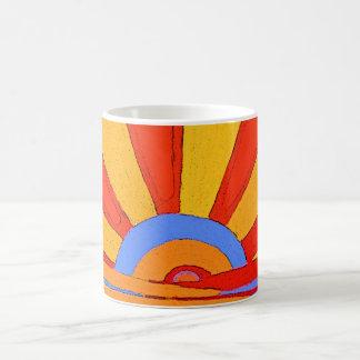 The Sun : Lever de soleil. Conception d'art Mug