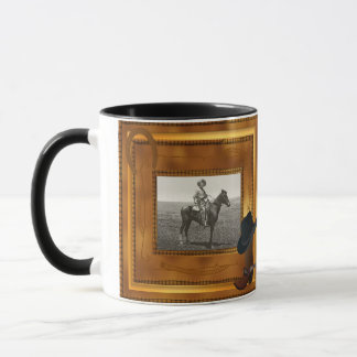 Thème occidental avec le modèle photo de botte et mug