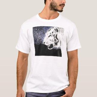 Tigre blanc dans les étoiles t-shirt