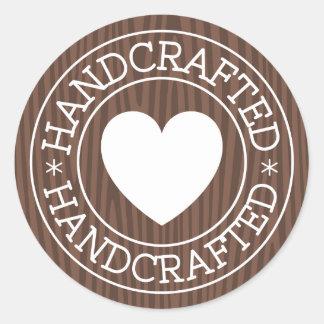 Timbre Handcrafted et blanc avec le coeur sur le Sticker Rond