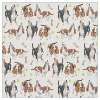 Tissu mignon de chiens d'hurlement Basset Hound