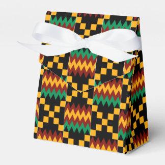 Tissu noir, vert, rouge, et jaune de Kente Boite De Faveur