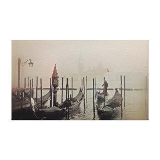 Toile Gondoles dans le brouillard, Venise, Italie