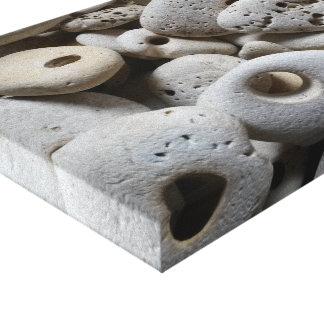 Toile Les pierres avec la plage de trous trouve l'art