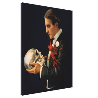 Toile Magicien vintage, Thurston tenant un crâne humain