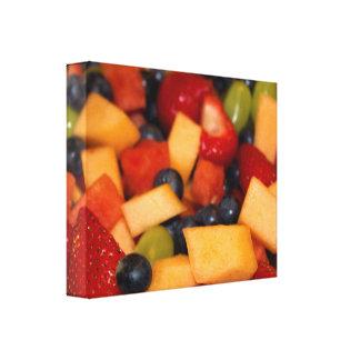 Toile Photo colorée de salade de fruits