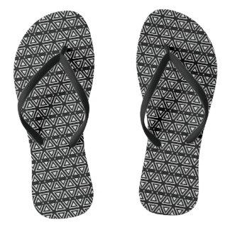 Tongs Motif de zigzag noir et blanc de pixel