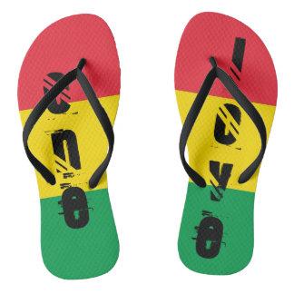 Tongs Rasta colore le motif rouge jaune vert de drapeau