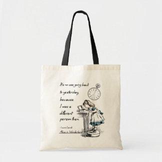 Tote Bag Alice dans des citations du pays des merveilles