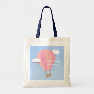 Tote Bag Aventure chaude rose de ballon à air parmi les
