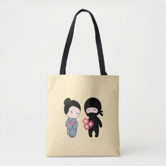 Tote Bag Fleurs minuscules de Ninja Gifting à une femme