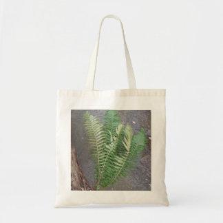 Tote Bag Fougère de forêt au-dessus de l'eau