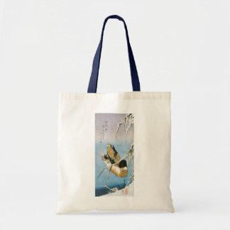 Tote Bag Roseaux chargés par neige de natation de canard