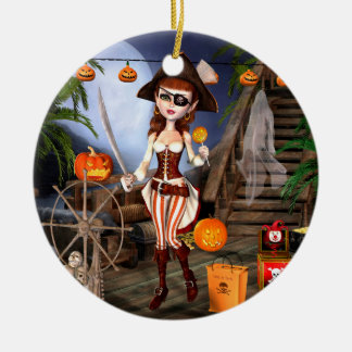 Tour de fille de pirate de Halloween ou ornements