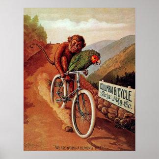 Tour humoristique vintage de bicyclette de perroqu poster