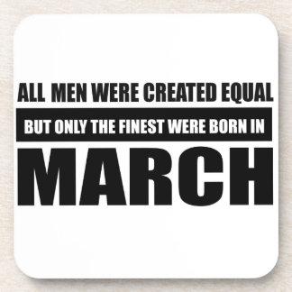 Toutes les femmes étaient des conceptions égales sous-bock