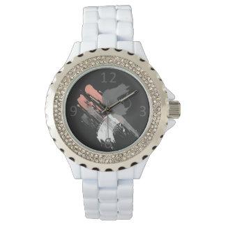 traçages blancs et gris roses de corail élégants montre