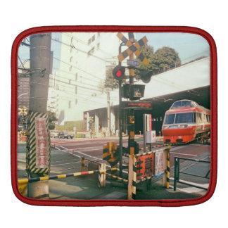 Train croisant la douille du Japon Ipad Housse Pour iPad